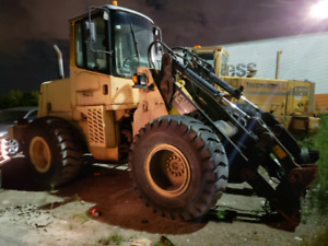 2002 New Holland front end loader