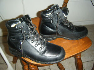 Womens Blondo Canada Winter boots