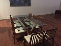 LIQUIDATION!! Table verre + 8 chaises $150