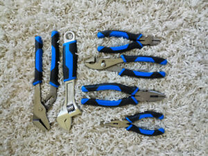 (brand new) Mastercraft pliers and wrenches tool set