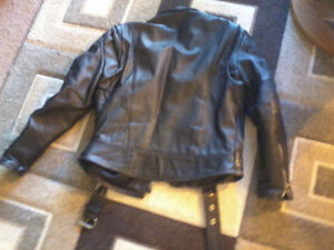 Mens size 40 leather motorcycle jacket