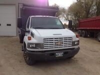 Chev 5500 12 ft box