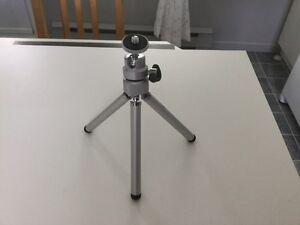 Mini-trépied pour appareil-photos