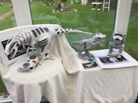 """A GREAT COLLECTION OF 3 ROBOTIC TOYS. A GIANT SIZE """"WOW WEE"""". TEKSTA ROBOTIC DOG AND DINOSAUR"""