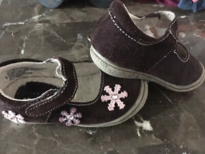 Toddler Girl shoes -size 6