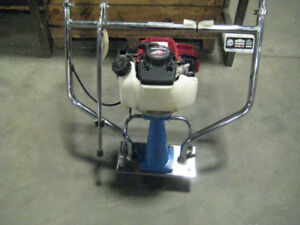 POWER SCREED BARTELL WITH HONDA GX35