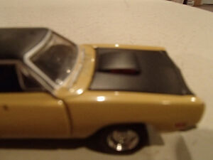 Road Champs 19691/2 Dodge Super Bee Six Pack 1/43 Scale Diecast Sarnia Sarnia Area image 6
