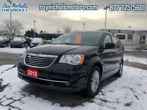 2016 Chrysler Town & Country Touring  - Certified