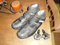 Specialized defroster shoes with shimano pedals