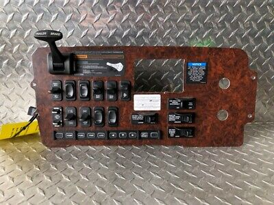 2008 Freightliner Century Class Switch Panel  (717-10202)