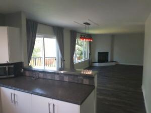 3 Brdm, 1 Bath Main Floor of Home in Lake Country