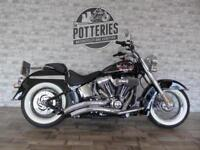 Harley Davidson FLSTN Softail Deluxe 2015 *Stage 1 and 1000 MILES!!!*
