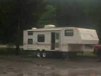 Great Family Camper with Bunks!
