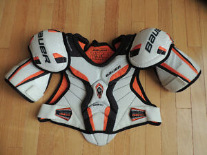 Shoulder Pads: Bauer Supreme One 60 Junior L