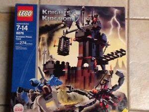 Lego Kinights Kingdom - Scorpion Prison Cave Cambridge Kitchener Area image 1