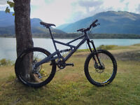 REDUCED - Cannondale Gemini 900 DH bike - Great Condition!