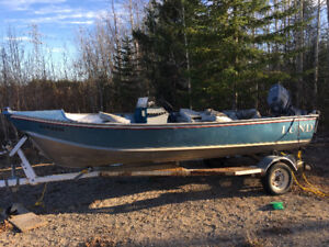 1988 Lund side console with Yamaha 50hp pro and trailer package