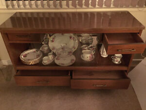 2 DAYS ONLY!! Display cabinet Campbell River Comox Valley Area image 2