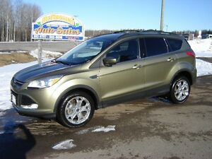 2013 FORD ESCAPE SE***4WD***HEATED LEATHER***ECOBOOST***