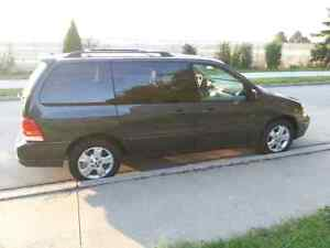 2007 FORD FREESTAR very clean
