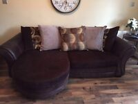 Couch / sofa Dfs brown with dark brown legs