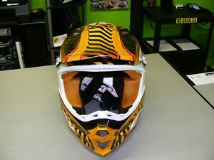 Fly Racing F2 Carbon Helmet - Small - FREE Goggles at RE-GEAR Kingston Kingston Area image 4