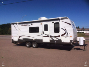 2013 HIDEOUT TRAVEL TRAILER IN PERFECT CONDITION. LENGTH 26.5'.