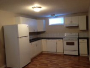 2 Bedroom Home Great Location