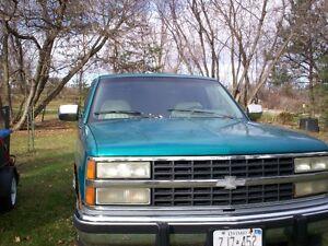 1993 Chevrolet Silverado 1500 Pickup Truck Peterborough Peterborough Area image 2