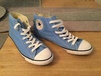 "Converse size 7.5"" uk brand new"