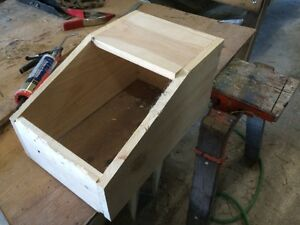 BIRTHING BOXES FOR RABBITS