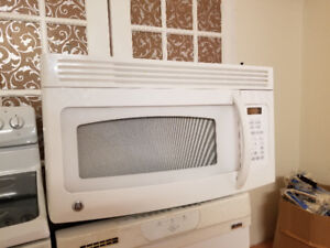"GE Profile 30"" white over the range microwave cooker 2YRS"