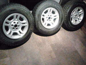 255/70/16 radial sst tires and dodge 6 bolts patt