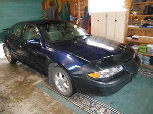 2000 Oldsmobile Alero GI Sedan
