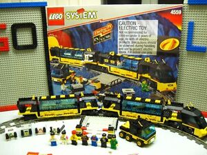 Lego set 4559,Train 9V, Cargo Railway,100% complet avec BTE