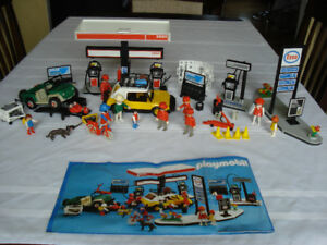 """"""" PLAYMOBIL """" garage """" ESSO """" et """" SHELL """" 1980's ( 75$ chacun )"""
