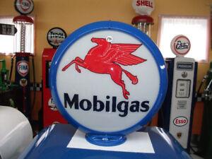 À voir! lot 10 globes a essence gas pump mobilgas Sunoco etc..