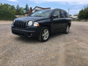 2007 Jeep Compass SUV, Crossover Safety & E-Test