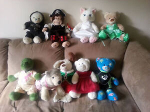 10 Build A Bears with Accessories & Carrying Case
