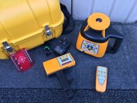 !!Fukuda FRE-301 Self-Levelling 360° Rotary Laser-Level Kit!! Only Been Used Once!!