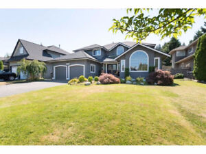 [House Crescent Beach] Beautiful executive family home in the Oc