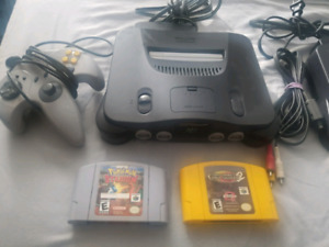 Nintendo 64(s), Controllers & Games