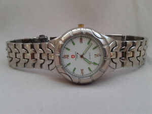 Montre New Swiss Army pour homme