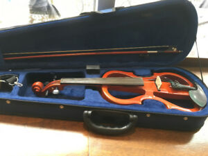 """Electric """"Silent"""" Violin and Amp"""