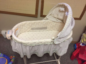 This is The Lovely Baby Bassinet You're Looking For!