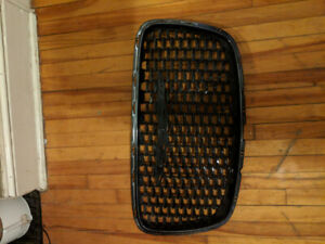 Chrysler 300 front grill