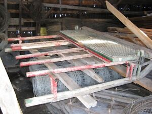 Small bale stooker and loading forks