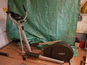 Exerciseur elliptique