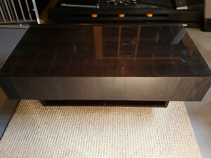 24 by 48 coffee table with end drawers Stratford Kitchener Area image 3