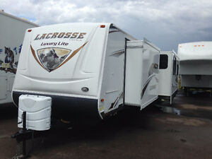 TRAVEL TRAILER,LACROSSE,311RLS,MONCTON